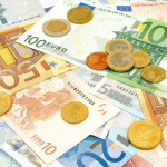 10291312-Background-of-various-scattered-Euro-currency-bills-and-coins-Stock-Photo